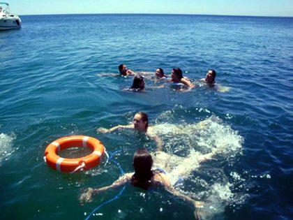 Mergulhar em águas calmas (snorkeling)