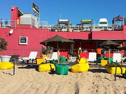 Bachelor and bachelorette party – Carcavelos beach restaurant package