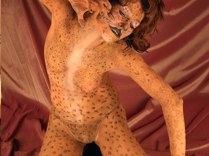 Body painting – A(o) modelo é você