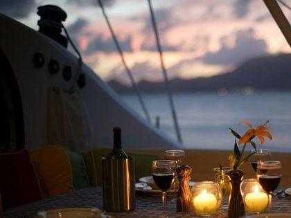 Jantar romântico a 2 num veleiro