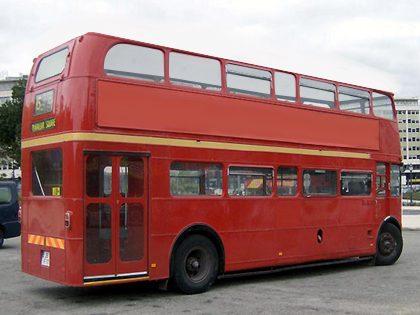 Transporte em festa de autocarro panorâmico (dois andares), Porto