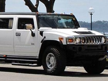 Transporte de limousine (Hummer branca)